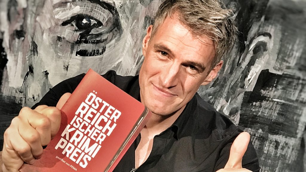 Thomas Raab erhält den ersten Österreichischen Krimipreis gestiftet von PEMA. Foto: www.fotowerk-aichner.at